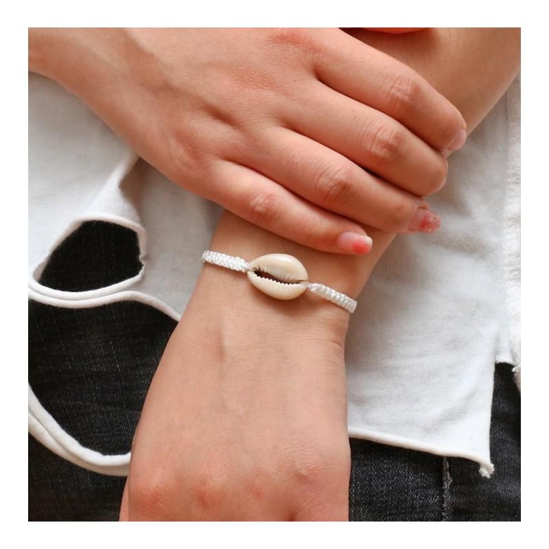 Schelpen armbandje wit